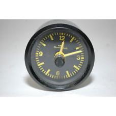 Porsche 944 Clock USED 94464111500