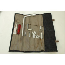 Porsche 911 T E S RS Tool Kit 73 - missing phillips